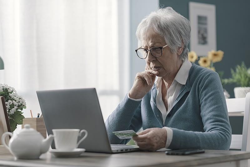 Senior Cyber Protect Internet Intellope